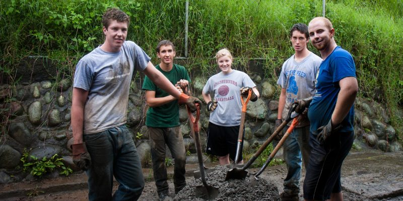 leadertreks youth ministry mission trip in costa rica